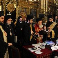 Патриарх Варфоломей указал на расстройство канонического порядка в православии и подверг критике «самоуправство» некоторых Церквей