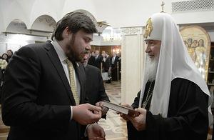 Московский Патриархат пытается уклониться от ответственности за сотрудника из окружения Патриарха, уличенного в поддержке террористов