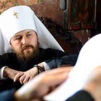 Россия и РПЦ выразили протест в связи с запретом въезда в Украину митрополиту Илариону (Алфееву)