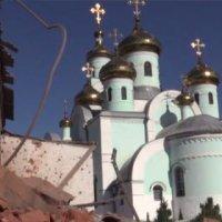 Донбасс: боевики громят церкви христиан-протестантов, а храмы УПЦ попадают под обстрел украинских военных
