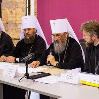 Всеукраїнська Рада Церков закликає сепаратистів скласти зброю та звільнити всіх заручників