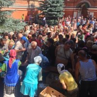 УПЦ (МП) помогает жителям и военным востока Украины