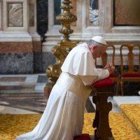 Папа Римський знову закликав молитися за мир в Україні