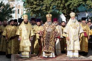 Глава делегации Константинопольского Патриархата не сослужил на интронизации Предстоятеля УПЦ