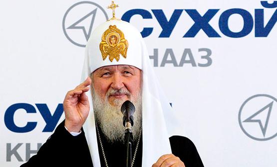 Патриарх Кирилл посетил военный авиазавод, отметив, что без духовности россияне не смогут делать истребители