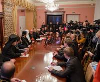 УПЦ устроила демарш личному посланнику Папы Римского