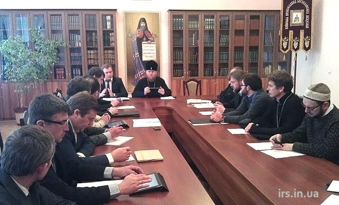Всеукраїнська Рада Церков співпрацюватиме з МЗС