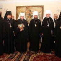 На зустрічі з українськими архієреями Константинопольського Патріархату керуючий справами УПЦ говорив про подолання церковного розділення
