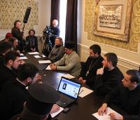 У Дніпропетровську відбувся круглий стіл щодо звершення таїнства євхаристії в зоні АТО