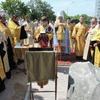 В УПЦ заложили храм «в честь 70-летия победы советского народа»