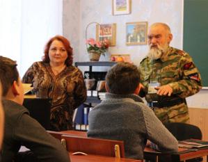 РПЦ и УПЦ обеспечивают российскими учебниками школы в «ДНР»