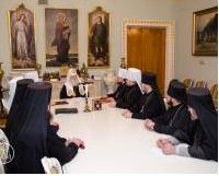 Синод УПЦ КП пропонує УПЦ (МП) діалог для вирішення проблемних питань
