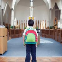 Опрос: дети из светских семей оказались добрее, чем их религиозные сверстники