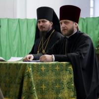 У Луганской епархии УПЦ две проблемы: капелланы и деньги