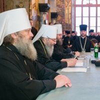 Предстоятель УПЦ разрешил не поминать Патриарха Кирилла