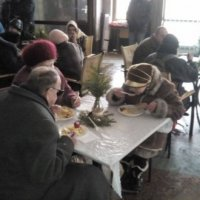 Християни Житомира організували різдвяний обід для сотні безхатченків