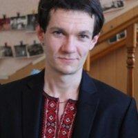 Диякон-адвентист перекладає Євангеліє доступною українською мовою