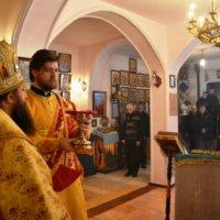 Єпископ УПЦ звершив лiтургію у виправній колонії на Київщині