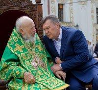 Суд знову повернув на дорозслідування справу про відсторонення від влади митрополита Володимира (Сабодана)