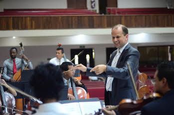 Музыкант и преподаватель Павел Семанивский: «Музыкой мы можем представить Бога, в Которого мы верим»