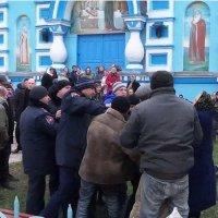 УПЦ создает в Киеве группы «быстрого реагирования»