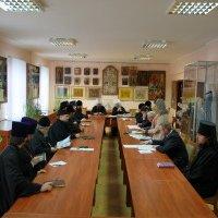 Богословська комісія УПЦ підтвердила: прийняття електронних паспортів — не гріх