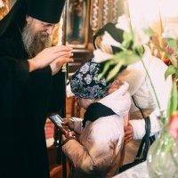 Волинська єпархія УПЦ передала 50 тисяч гривень Дитячому фонду України і понад 100 тисяч — родині сиріт