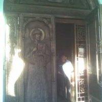 На Волыни и в Киеве увековечили Николая II — в граните и бронзе