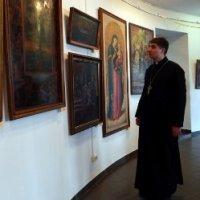 Унікальні ікони з колекції єпископа УГКЦ експонують у Коломиї
