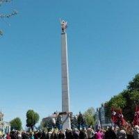 Єпископи УПЦ КП та УГКЦ освятили в Черкасах пам'ятник «Борцям за волю України»