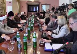 Члени Всеукраїнської Ради Церков запросили Папу Франциска відвідати Україну