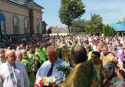 Мер Рівного приєднався до відзначення 25-річчя переходу парафії в УПЦ КП