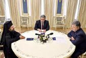 Президент обговорив з представником Константинополя питання щодо автокефалії Української Церкви