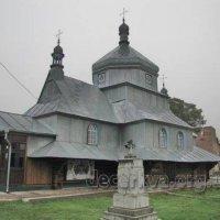 На Прикарпатті згоріла 200-літня дерев'яна церква