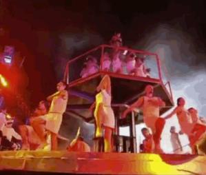 В Севастополе прошел грандиозный фестиваль «Ковчег спасения», соединивший православные и советские ценности