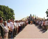 На Дніпровщині молитовно вшанували історика Дмитра Яворницького та отамана Івана Сірка