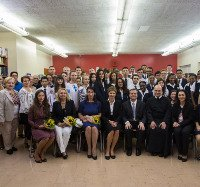 Дружина Президента України відвідала найстаріший український навчальний заклад в Америці — Українську католицьку школу св.Юра