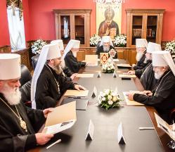 Синод УПЦ звільнив з посади одного архієрея і призначив трьох нових