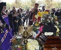 Православне і греко-католицьке духовенство Закарпаття відслужило чин поховання за воїном АТО