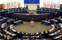 Европарламент пытается противостоять пропаганде России, использующей прессу и РПЦ
