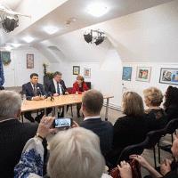 У Будапешті відбулася зустріч прем'єр-міністра України з українською діаспорою та духовенством