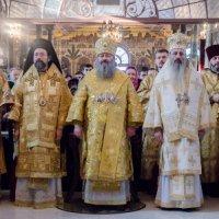 Константинопольський і румунський архієреї служили в Києво-Печерській лаврі