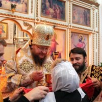 Епископ УПЦ совершил литургию в храме Милана
