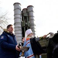 Епископ УАПЦ осудил освящение российской военной техники митрополитом УПЦ