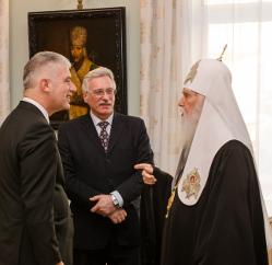 Глава УПЦ КП і посол Німеччини дійшли згоди щодо друзів і ворогів України