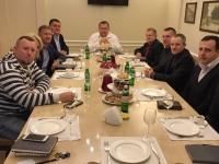 Мэр Днепра провел молитвенный завтрак с протестантскими служителями