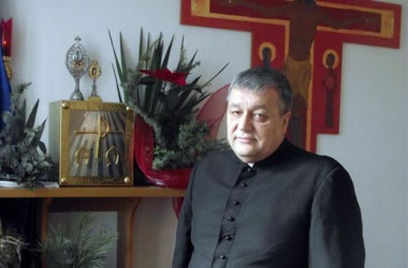 Тернопільщину відвідає відомий католицький священик-екзорцист