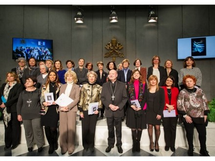 У Ватикані створили Жіночу раду