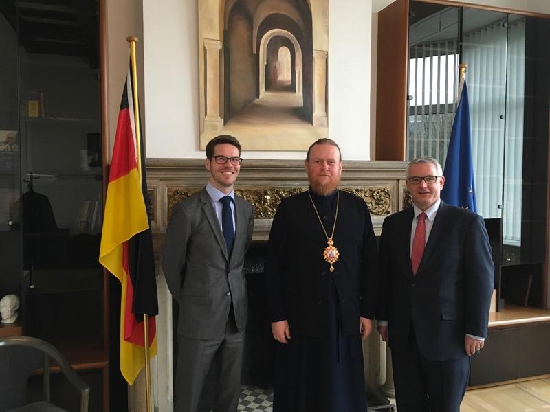 Архієпископ УПЦ КП відвідав друзів України в Брюсселі