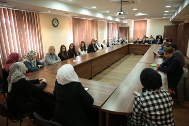 Киевские школьники побывали в гостях у сверстников из мусульманской гимназии